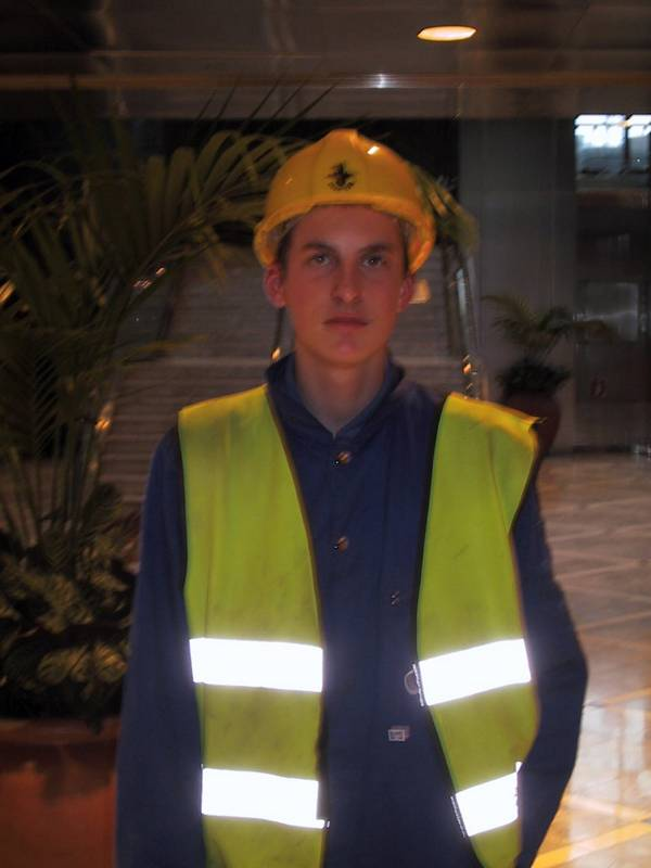 Young Lad in blue coveralls Canary Wharf 1