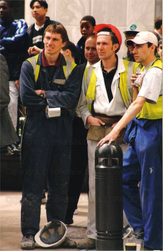 builders in coveralls at Canary Wharf 1