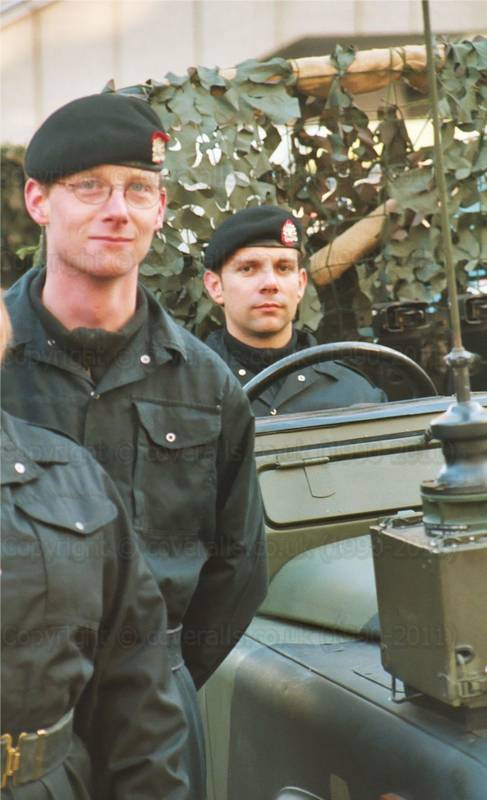 Army soldier engineers wearing black overalls at Lord Mayor's Show 20010008