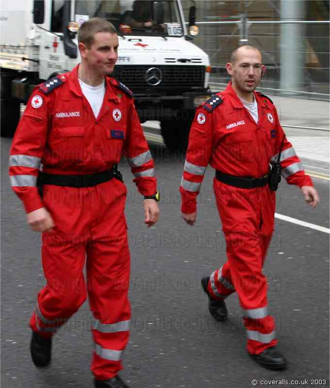 Red Cross Paramedics wearing red hi-vis ems jumpsuits at the Lord Mayors Show 2003. Red Cross Paramedics in hi-vis Jumpsuits 6
